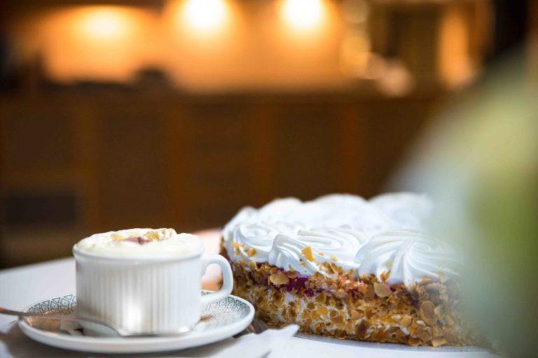 Kuchen & Kaffee